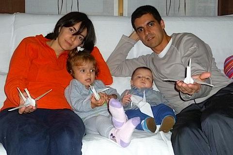 5696-5700 Verita, Dani y sus papas